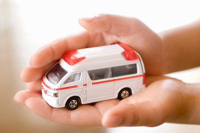 交通事故治療費は0円です
